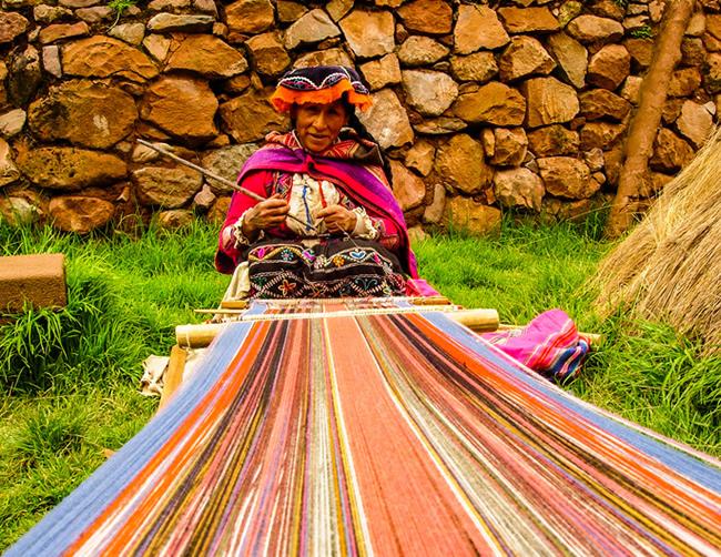 Sacred-Valley-hiking-cusco-iletours